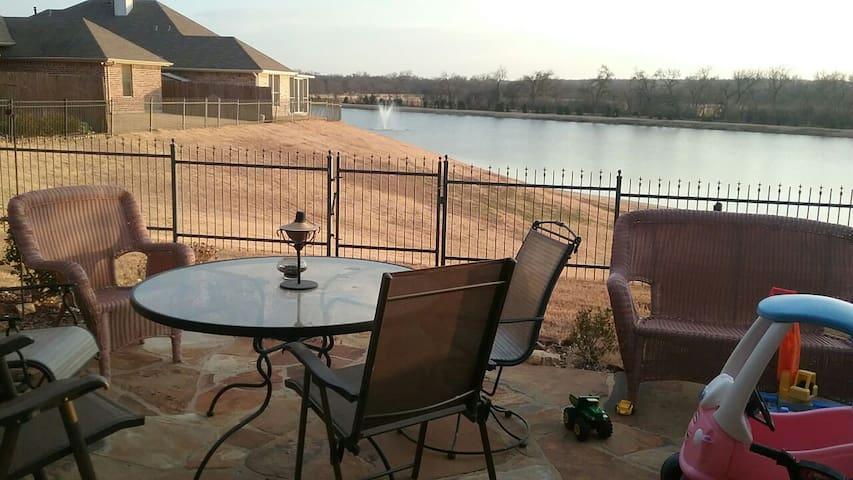 Lake house close to Cowboys Stadium - Fort Worth - Rumah