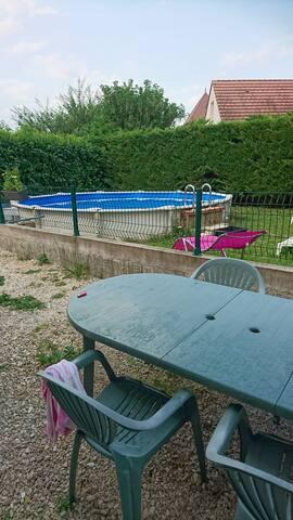 Terrasse et piscine sécurisée