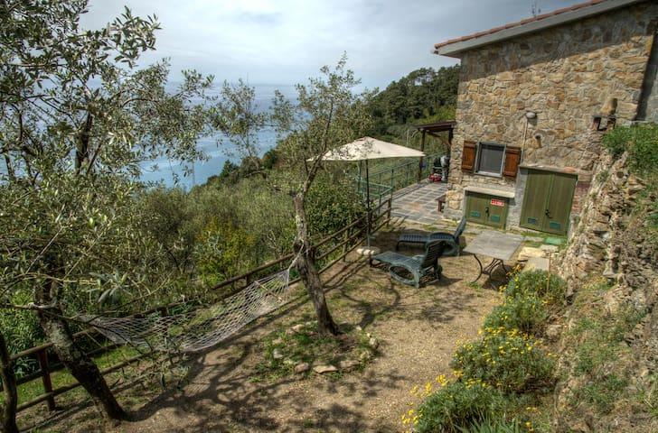 Holiday House IL SOLE DI VALLETONDA - Corniglia - Talo
