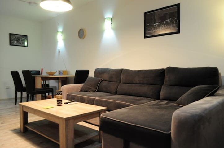 Bujroom Apartman