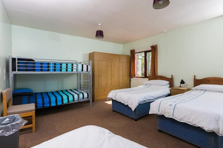 Skiddaw Rooms - Family Room (10)