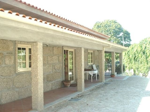 Quinta met zwembad en grote tuin - Vieira do Minho - Villa