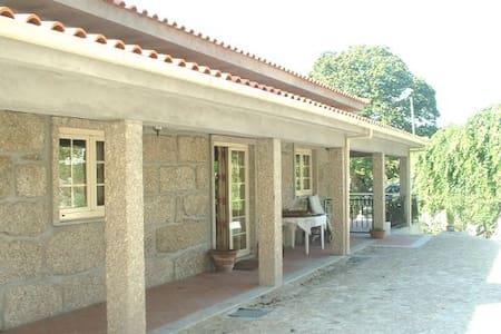 Quinta met zwembad en grote tuin - Vieira do Minho