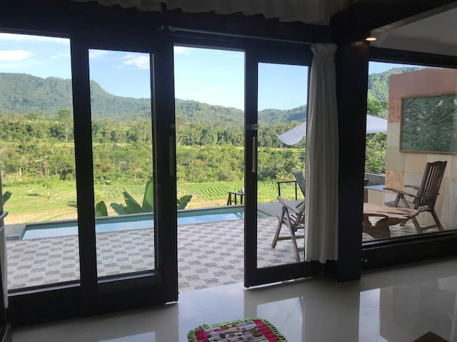 SIDEMEN TWO FLOOR VILLA -WITH STUNNING VIEW