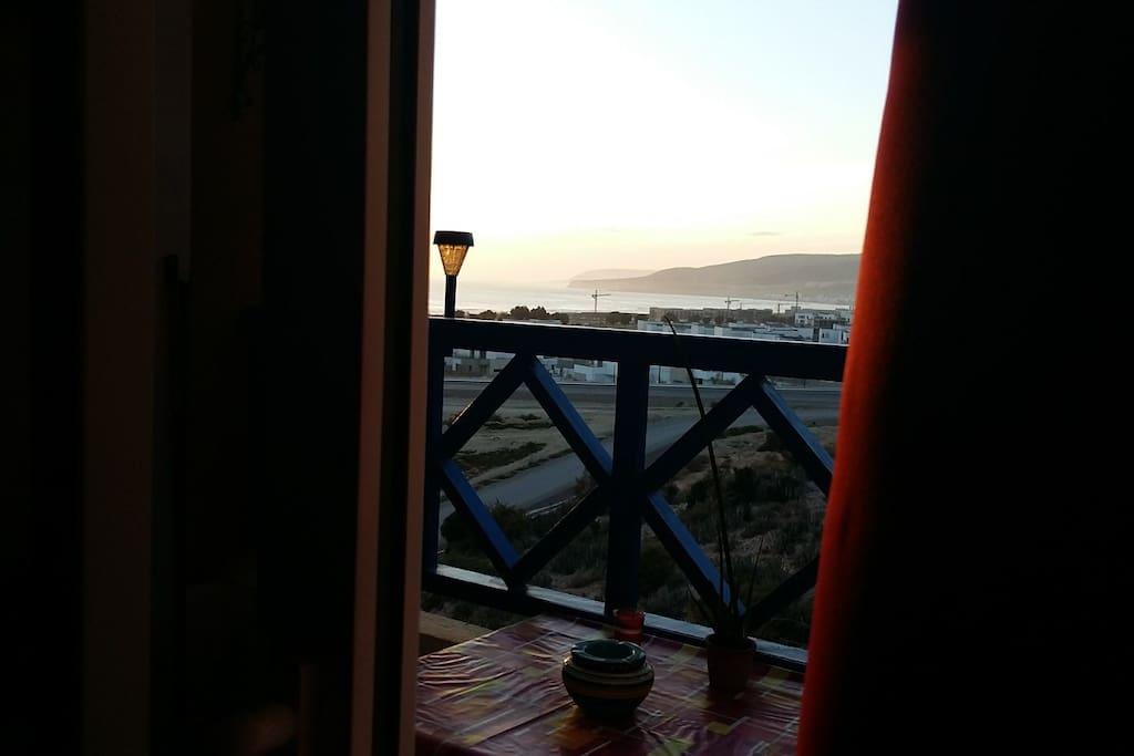 balcon vue mer, golf , Taghazout village Taghazout Bay. Merveilleux coucher de soleil tous les jours.