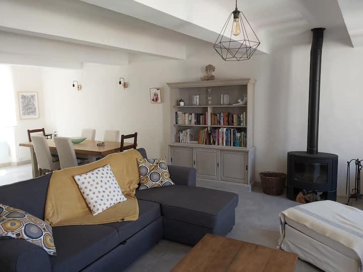 Appartement cosy, au calme, à La Garde-Freinet
