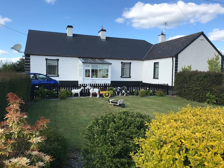 Country Cottage near Ballinasloe /Loughrea Galway