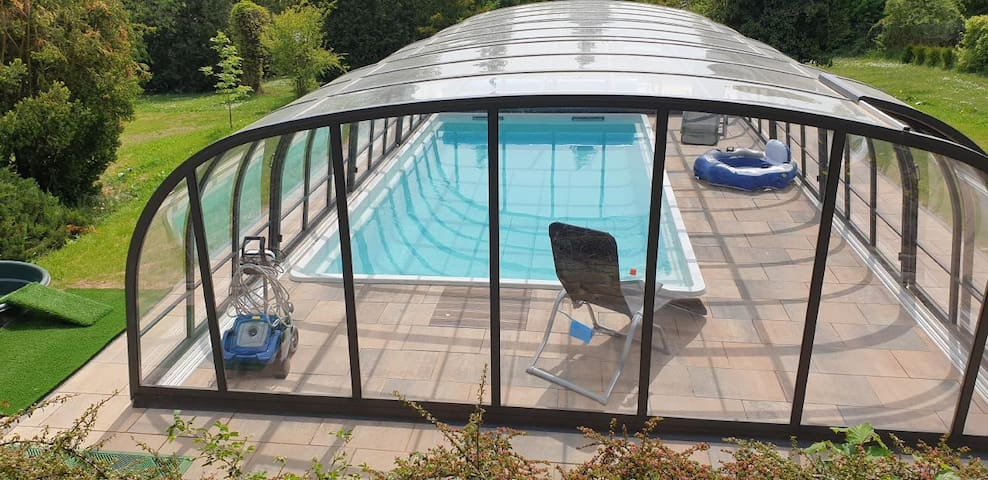 Ferienhaus Buchengrund mit beheizten Pool und Gegenstromanlage