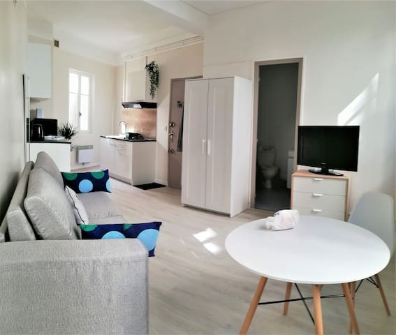 Charming modern Apartment ☆Perfect Location ☆WIFI