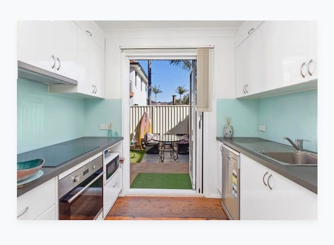Airbnb Wollongong Holiday Rentals Places To Stay