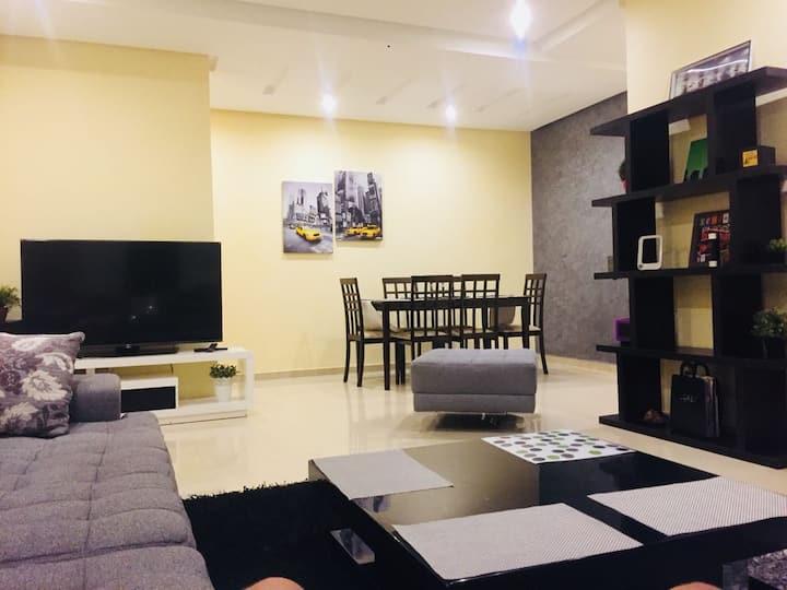 Appartement luxe très bien meublé à Islane Agadir