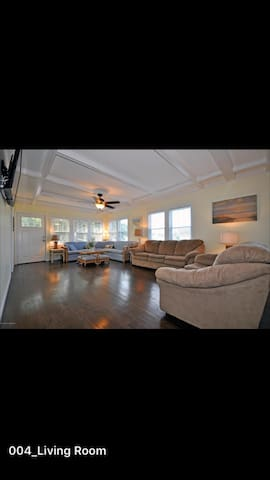 Bright/sunny, walk to beach and town. Immaculate! - Point Pleasant Beach - Hus