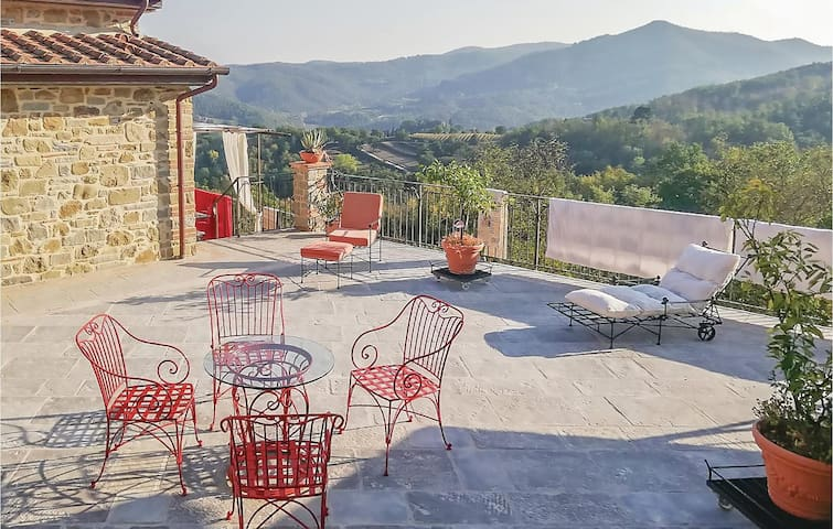 Holiday apartment with 1 bedroom on 50m² in Castel Focognano -AR-