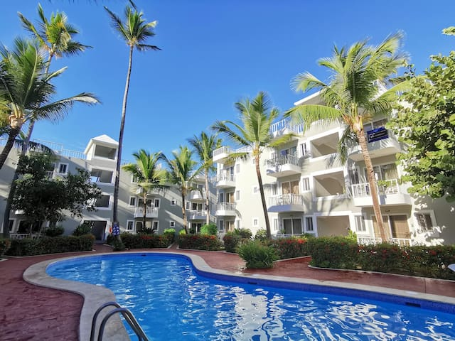 ⚡️Sun Suite Garden Pool & Beach E 5pax⚡️..
