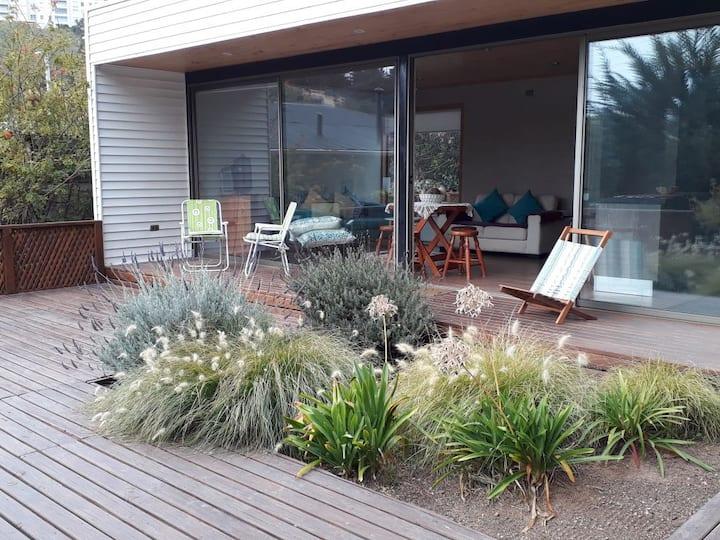 Casa moderna, equipada y tranquila, cerca de playa