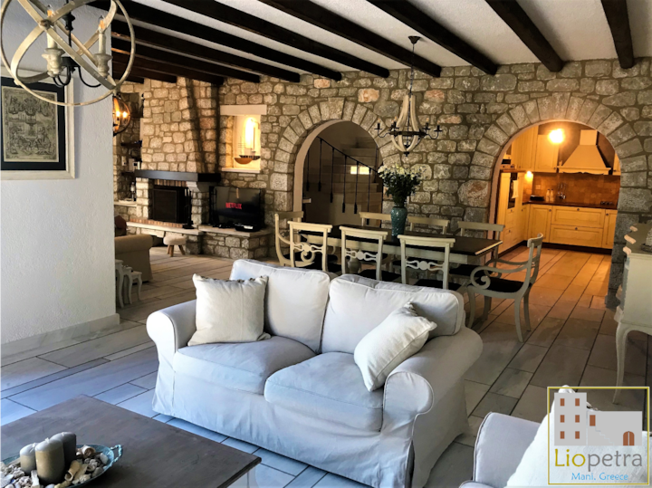 Stone-built cottage in Gythio, Mani | 'Liopetra'
