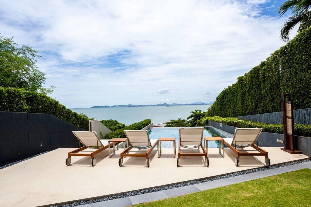 Pool sea views
