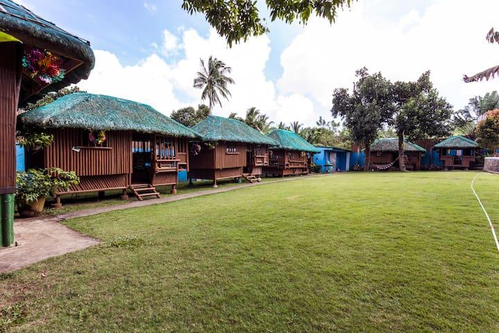 Kubo-Kubo Resort - Silang - Huis