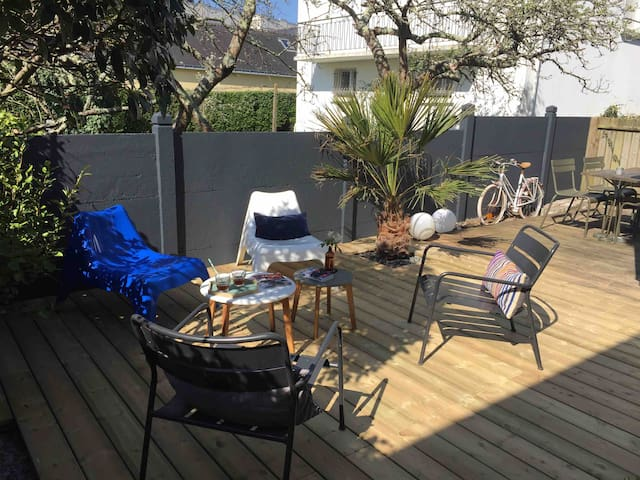 APPARTEMENT JARDIN PRIVATIF  - 150m de la plage