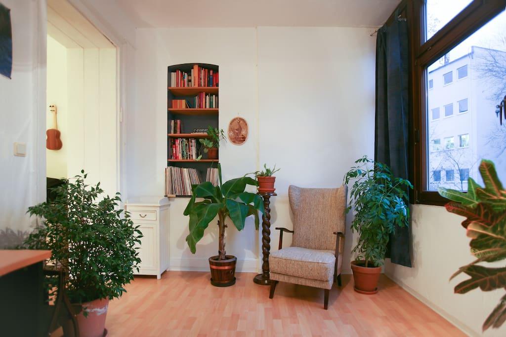 28m mit wintergarten marienplatz appartamenti in affitto a stoccarda baden w rttemberg. Black Bedroom Furniture Sets. Home Design Ideas