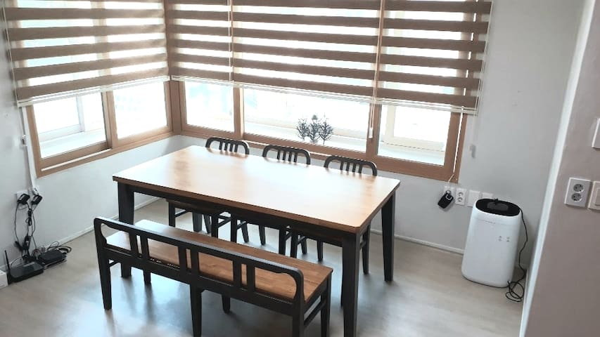 guest house gyuri  의 조용하고 깨끗한 2인실 이층침대룸 입니다.