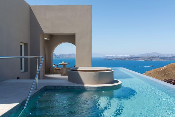 Grand Villa with Private Heated Pool,Arota Villas