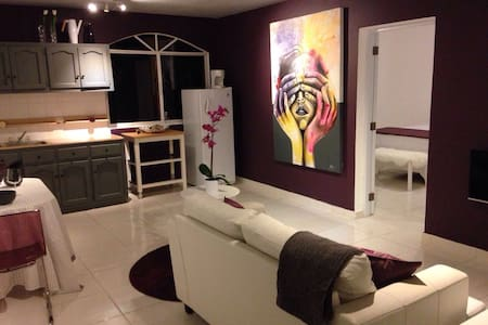 Relax in a Purple Haze Center Sosua Apt7