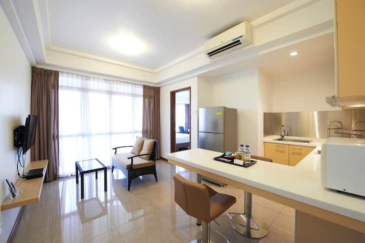 Deluxe1 - 1BR Serviced Apartment @ East Coast