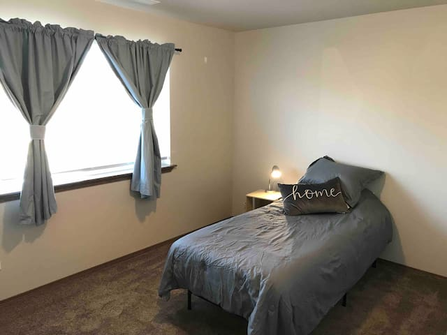Comfortable Business BR w/all amenities near DT 2