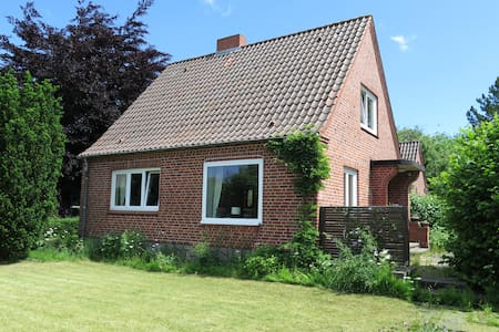 Gemütliches Häuschen in Ostseenähe - Panker - House
