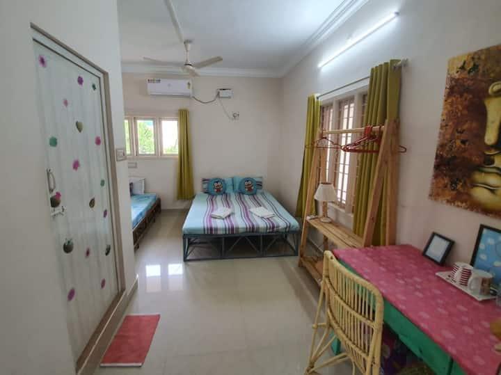 Villa Meena Cosy private room 3 pax