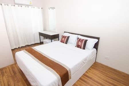 Room next to Central Changwattana! - Pak Kret - Flat