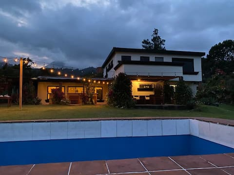 Casa del Lago Amatitlan Bella Vista Montcast