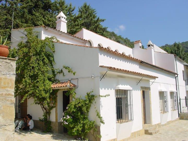 El Abejaruco - Caserón en la Sierra de Cádiz
