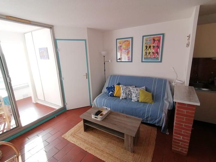 Appartement lumineux entre village et port de 29m2