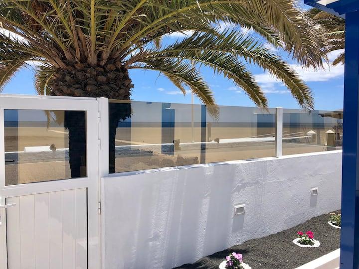 Playa Honda 162 Casa frente al mar