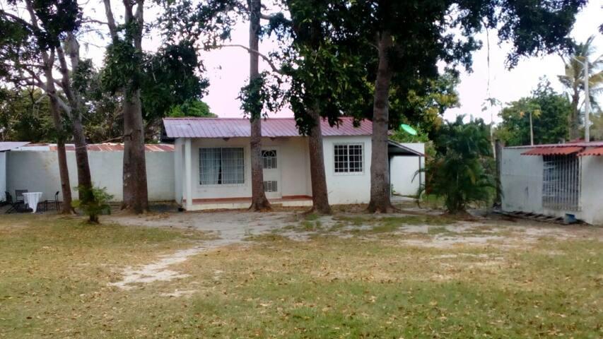 Cabaña pequeña idependiente - Chame District