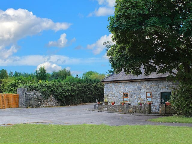 Traditional Irish Stone Cottage -  Co. Galway - Huis