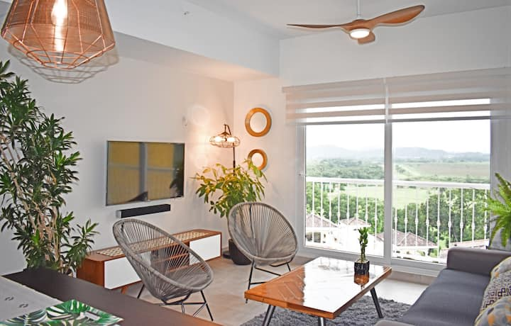 PANAMA CANAL VIEW CONDO  IN LUXURY GOLF CLUB