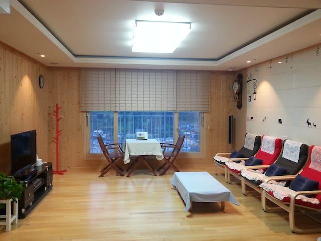 여수 엑스포 (EXPO) 박람회장과 연결된 엑스포 힐스테이트 펜트하우스 - Yeosu - Condominio