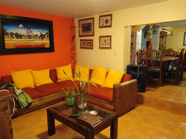 Casa con 3  habitaciones privadas San Martín Tex.
