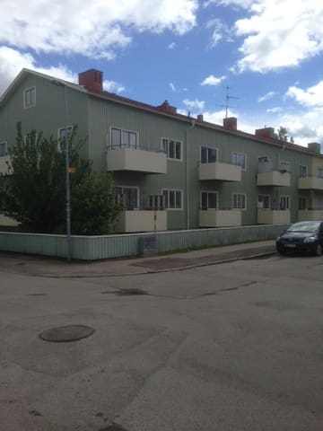 Lugnt och bra boende. - Gävle - Apartment