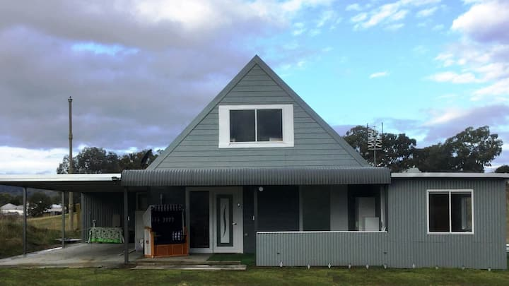 Perfect Holiday Home in the Suburb
