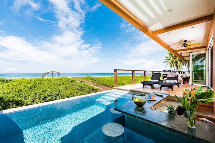 LUXURY BEACHFRONT Private 5 Bedroom INFINITY POOL