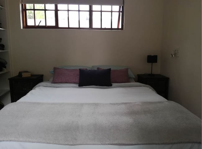 Self catering flatlet - Cape Town