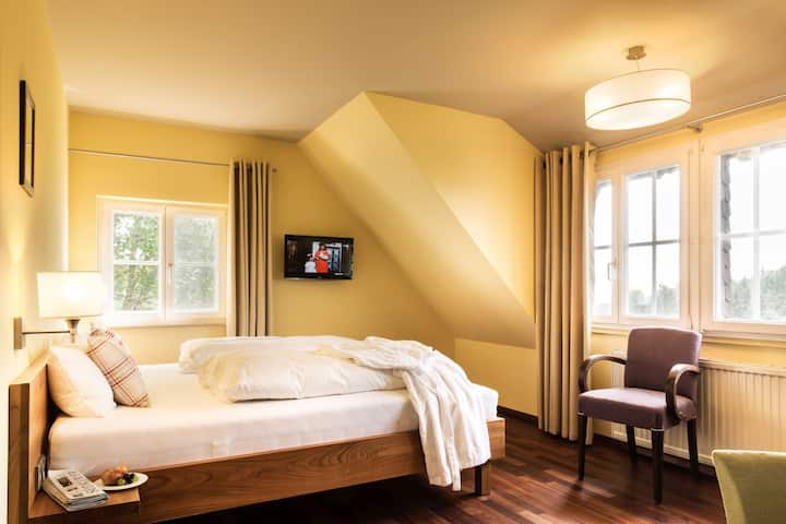 Hotel Schloss Freudental, (Allensbach), Hallweil Doppelzimmer Standard