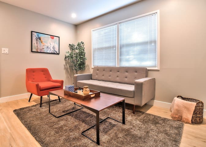 Beautiful 1BR Apartment in Sunnyvale