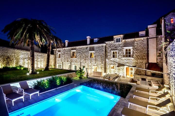Modern 7 BR villa near Dubrovnik - Slano - Villa