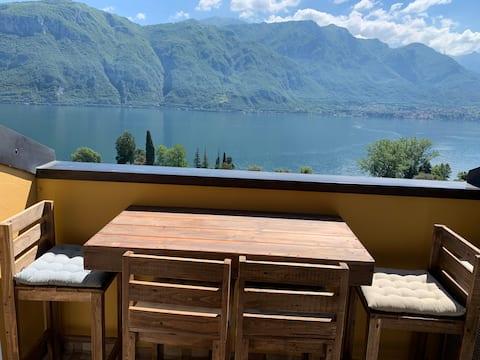 Casa Martina lake view