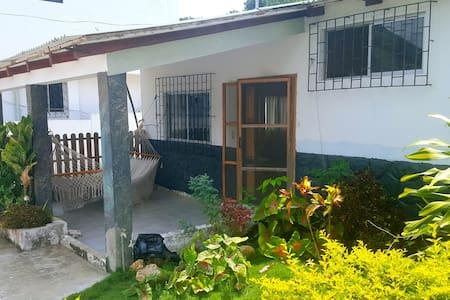 San Vicente Rentals, Villa Angelica - San Vicente - วิลล่า